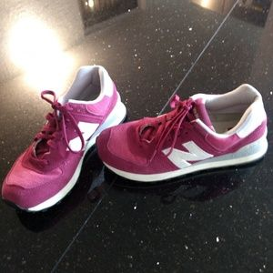 New Balance Pink/Purple 574 Womens Size 9 Sneakers
